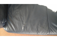Poptávám opravu kožené sedací soupravy