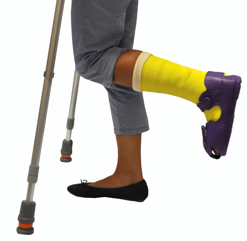 Pohodlí a ochrana pro fixovanou nohu - to je ochranná bota MAXIARMOR.