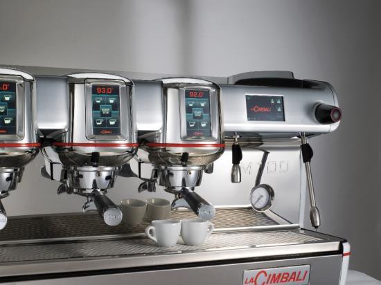 Profesionální kávovary DELIKOMAT: Když se příprava kávy stává uměním