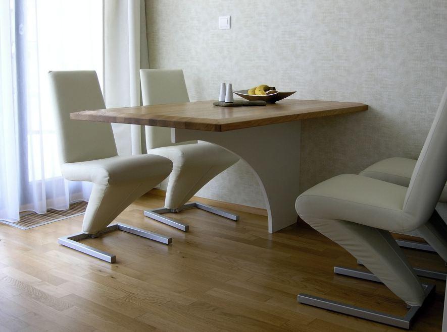Poradíme si i s nábytek do jídelny či kuchyně