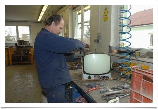 S recyklací elektroodpadu a výkupem šrotu vám pomůže firma MHM Eko