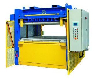 Vývoj a výroba hydraulických lisů na všechny materiály