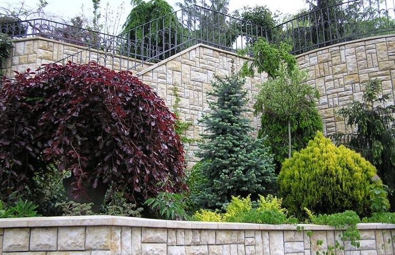 Údržba zeleně a péče o zahradu