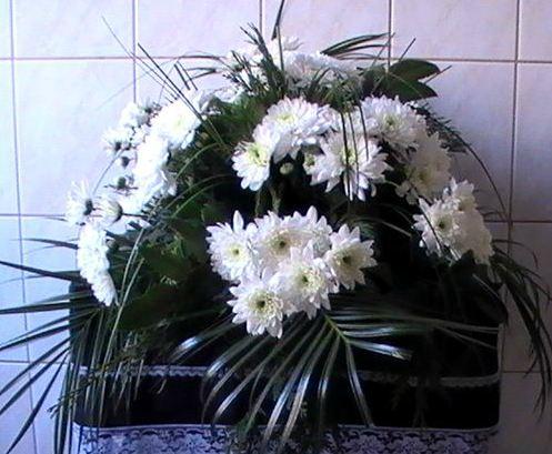 Pohřeb můžete uspořádat se smutečním obřadem i bez