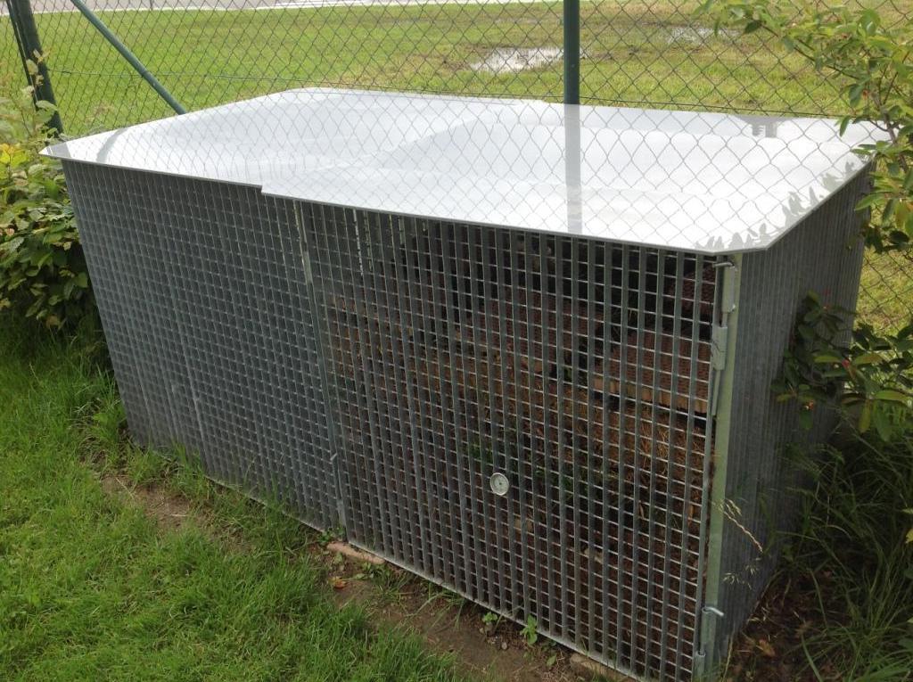 Roštový kontejner pro komposty i jako krmidlo pro zvířata