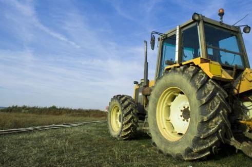 Kvalitní pneumatiky pro zemní a stavební stroje zvýší efektivitu vaší práce