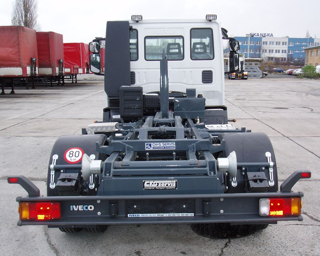 Obstaráme montáž i opravu hydraulických zařízení