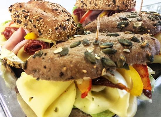 Chutnou snídani v Praze vám připraví v restauraci Air Club