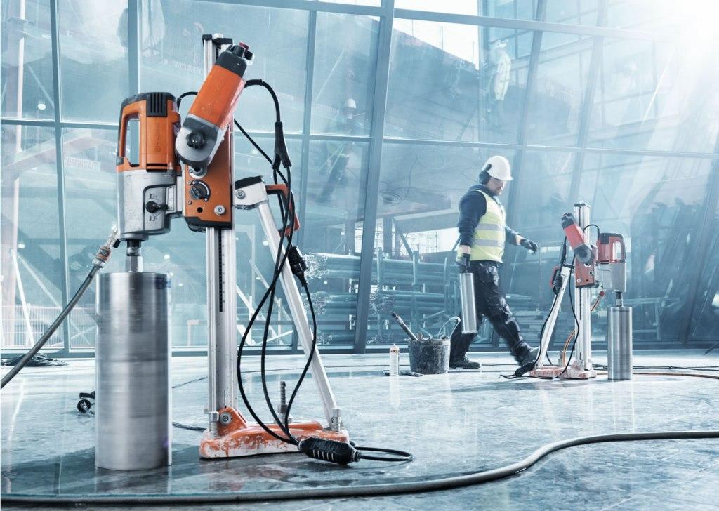 Nakoupíte u nás stroje i nářadí pro kutily i velké stavební firmy
