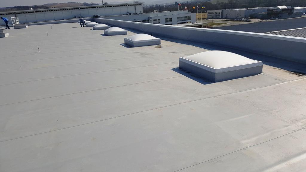 Kvalitní hydroizolační fólie zamezí vlhkost, aby se dostala k základům domu