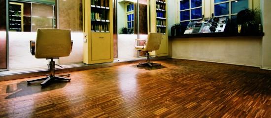 Čištění a renovace podlah ze dřeva, PVC, korku a dalších materiálů