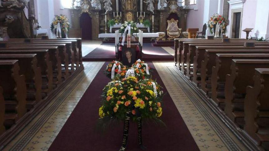 Obraťte se na naši pohřební službu v Jičíně