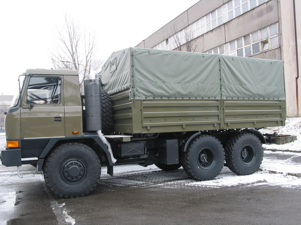Valníkové plošiny - vojenské provedení