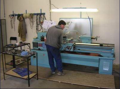 Dodávání kompletních sad kovových dílů