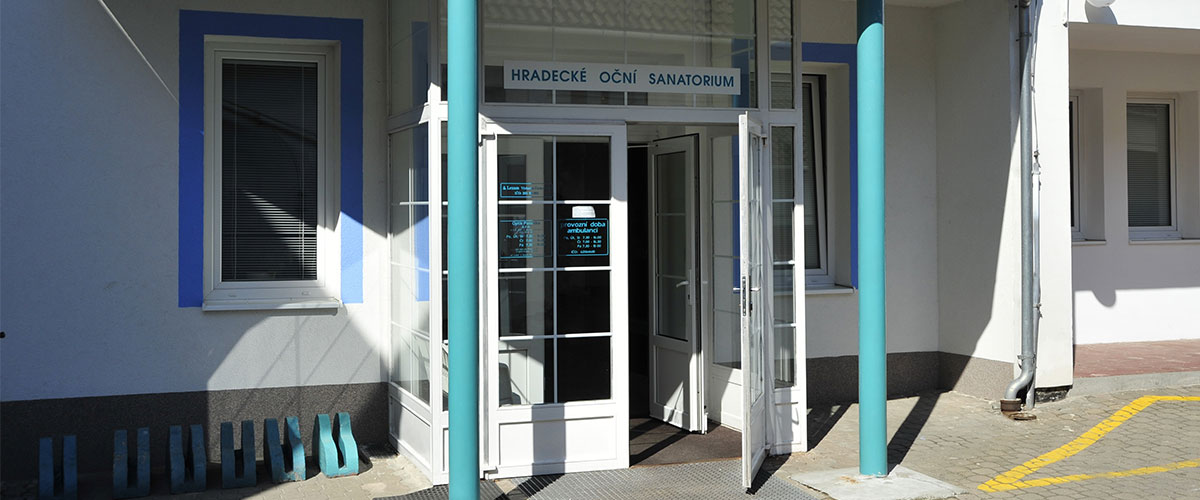 Hradecké oční sanatorium provádí různé druhy operace očí
