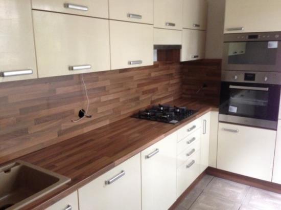 Výroba a dodání kuchyní, vestavěných skříní a zakázkového nábytku
