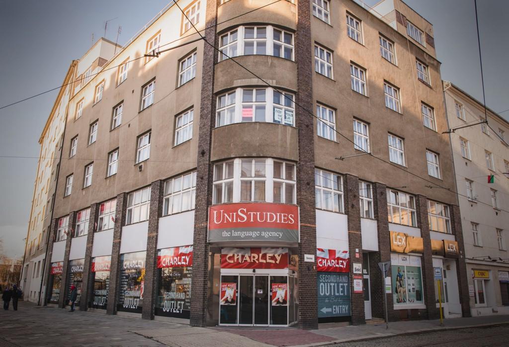 Jazykové kurzy, překlady i tlumočení, UniStudies s.r.o. UNISTUDIES the language agency, Olomouc
