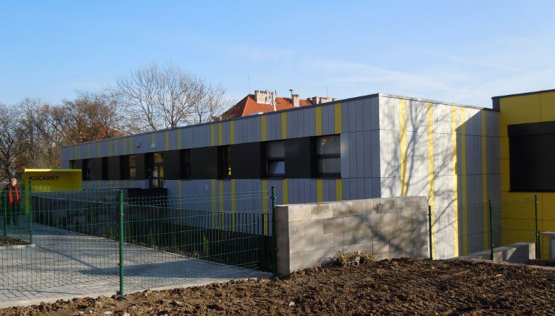 Firma TIMO profistavby s.r.o. se sídlem v Ostravě a bohatými zkušenostmi se zabývá výstavbou a rekonstrukcemi v oblasti pozemních staveb