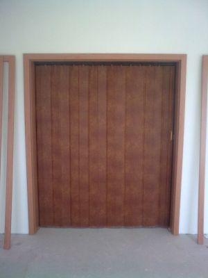 Shronovací dveře, Zdeněk Lenčéš