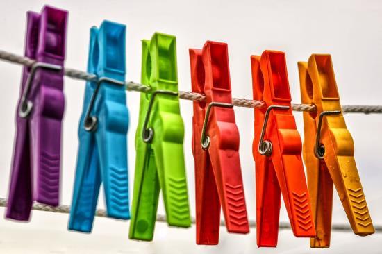 Prádelna, čistírna, žehlení a mandlování i šití