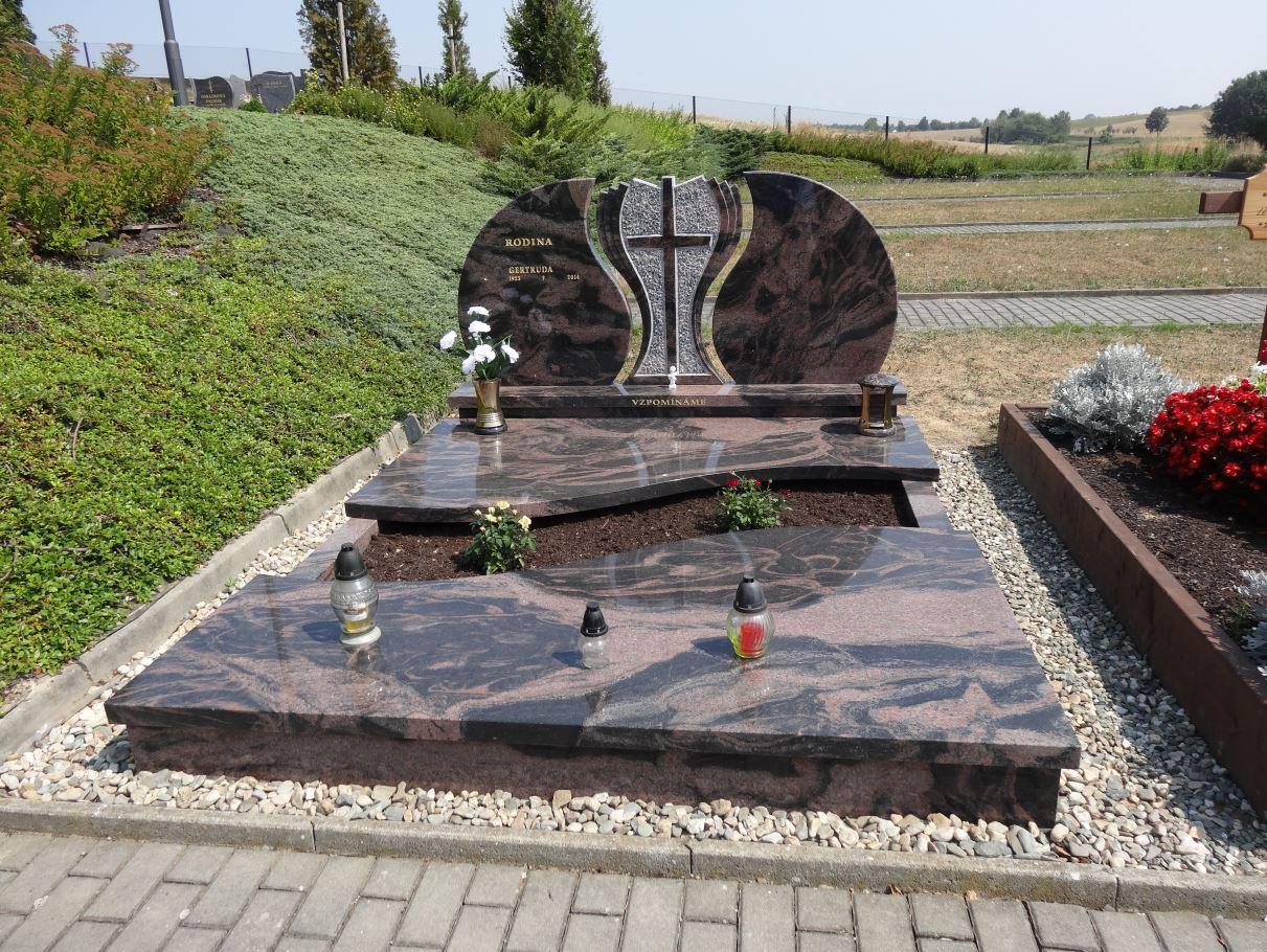 hroby a náhrobky Opava, Kamenictví Škrobánek