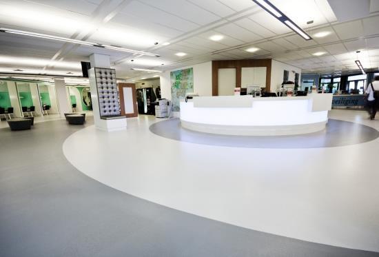 Čištění a renovace povrchu ESD podlahovin (vodivých elastických a epoxidových podlah) v různých prostředích