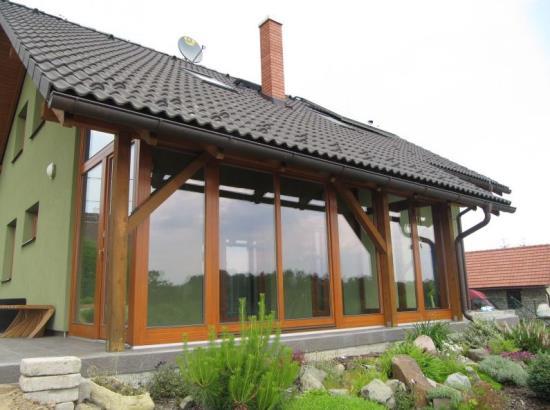 Tradiční český výrobce posuvných dveří, skládacích dveří a zimních zahrad