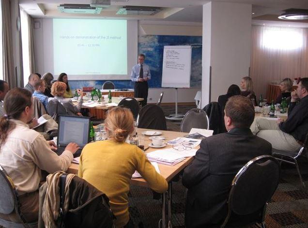 řízení lidských zdrojů, školení, DMC management consulting s.r.o.