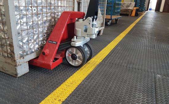 Průmyslové podlahy všeho druhu, aneb vyberte si správný typ podlahy