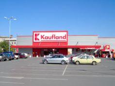 Rekonstrukce a stavby obchodních domů především supermarketů