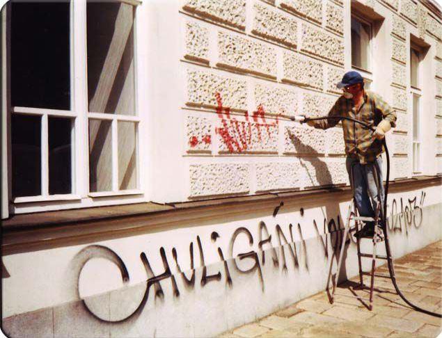 Odstraňování grafitů, ELNA-renovace s.r.o.