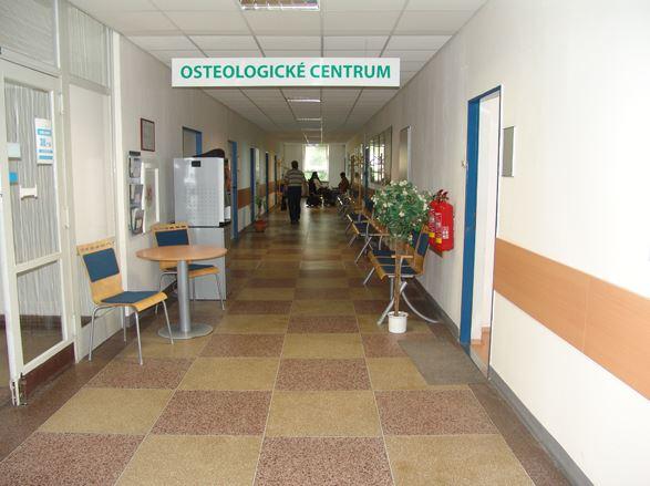 Osteoporóza - preventivní opatření a léčba, Mediekos Ambulance, s.r.o.