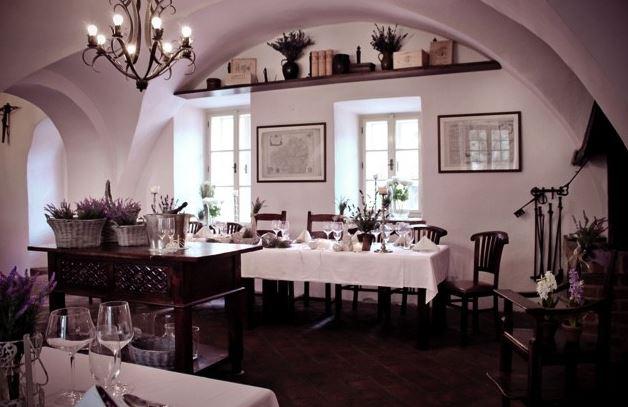 Uspořádání svatby na zámku, Zámek Zábřeh, s.r.o.