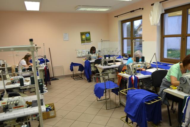 Výroba - šití pracovních oděvů Tábor