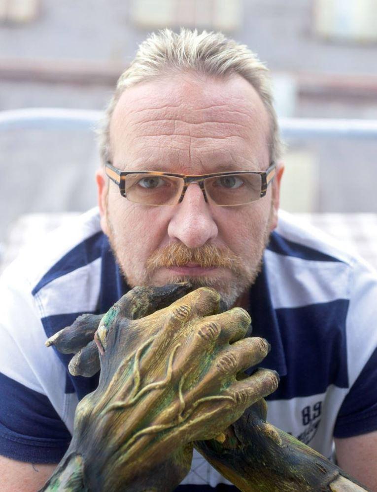Filmový maskér Petr Fadrhons