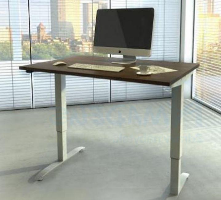 Správný výběr pracovního stolu a křesla vás zbaví zdravotních problémů