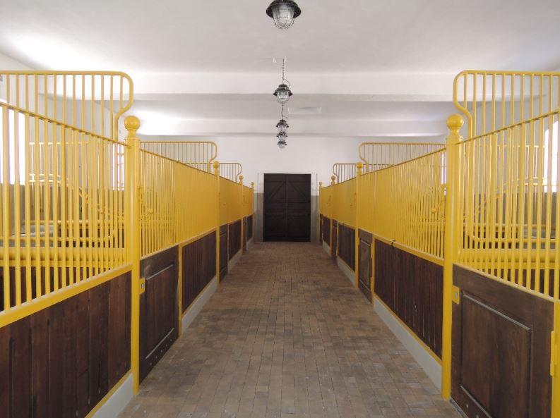 Boxy pro koně Terom kovové konstrukce
