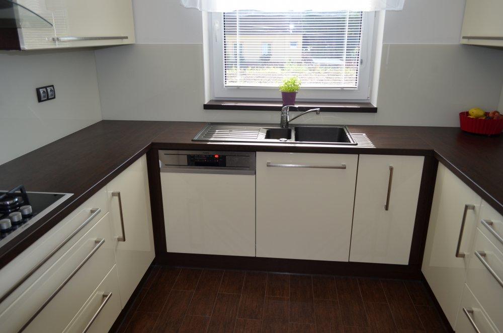 Moderní kuchyně, Výroba nábytku