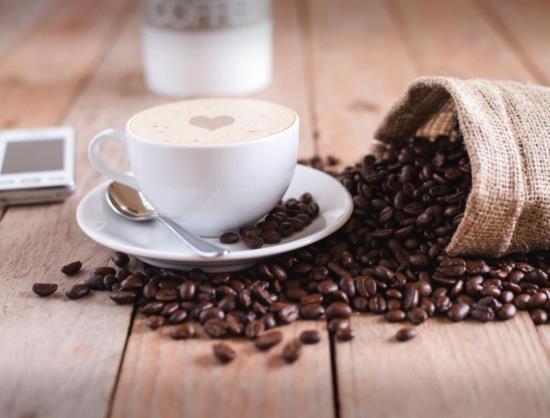 Díky společnosti Kavamat si můžete vychutnávat kávu nejvyšší kvality za pomoci prvotřídních kávovarů