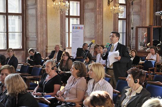 Tlumočení cizojazyčných konferencí