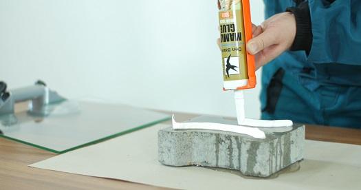 S lepidly Mamut Glue zapomeňte na hřebíky a šrouby. Rychlé a pevné lepení pomocí moderních lepidel.