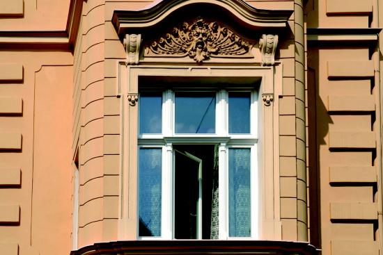 D�ev�n� okna a vchodov� dve�e od zku�en�ho �esk�ho v�robce