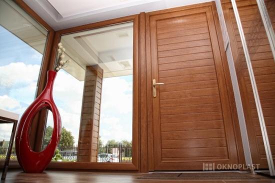 Plastové dveře od firmy EVOokna