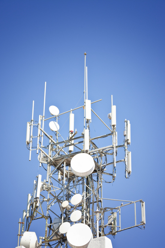 Komplexn� nab�dka prvk� pro telekomunika�n� a datov� s�t�