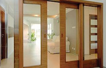 Kam pro interiérové nebo vchodové dveře či zárubně na Vysočině? Firma HOSAP dveře je jasná volba