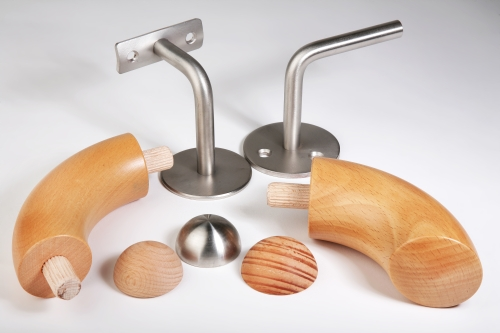 Dřevěná madla na míru od firmy FK dřevěné lišty