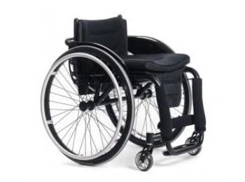 Zdravotnické pomůcky pro samostatný pohyb i snazší péči o postižené