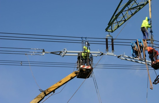 Opravy elektrického vedení zvládne spolehlivě Elektrotrans