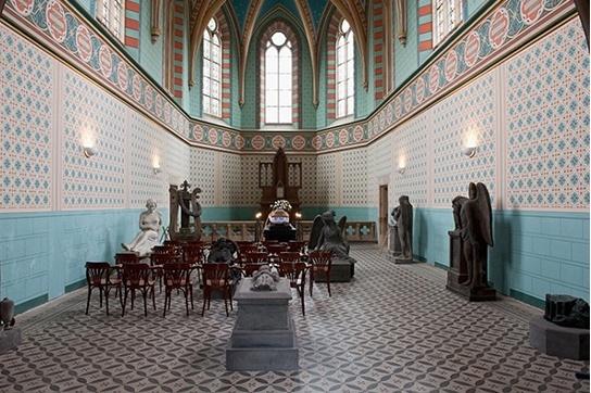 Pohřební služba HELFI poskytuje komplexní služby nejen pro Prahu, ale i Benešov a okolí