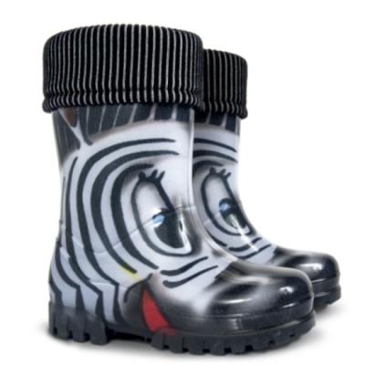 Zdravotně nezávadná dětská obuv nemusí být nudná